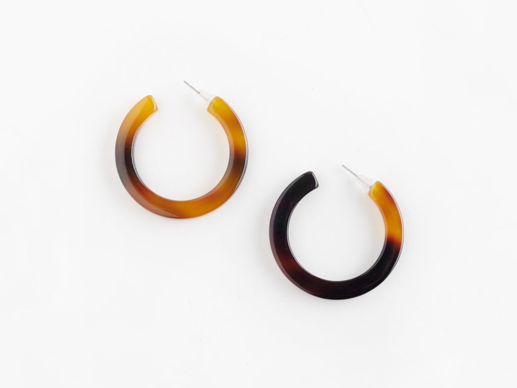 Hoop Earrings in Tortoiseshell