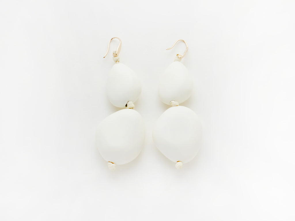 Pebble Earrings in White