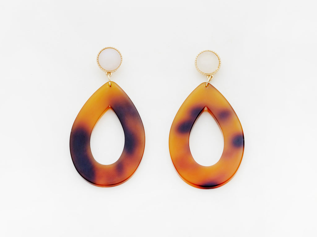 Carine Earrings in Tortoiseshell