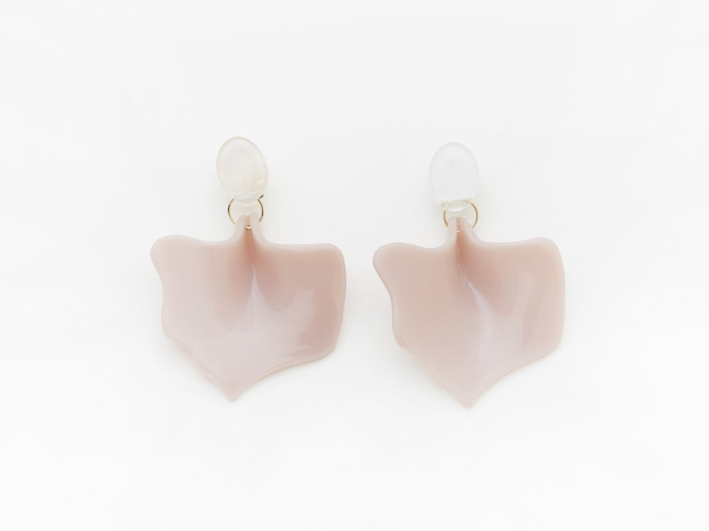 Flower Bud Earrings in Old Pink