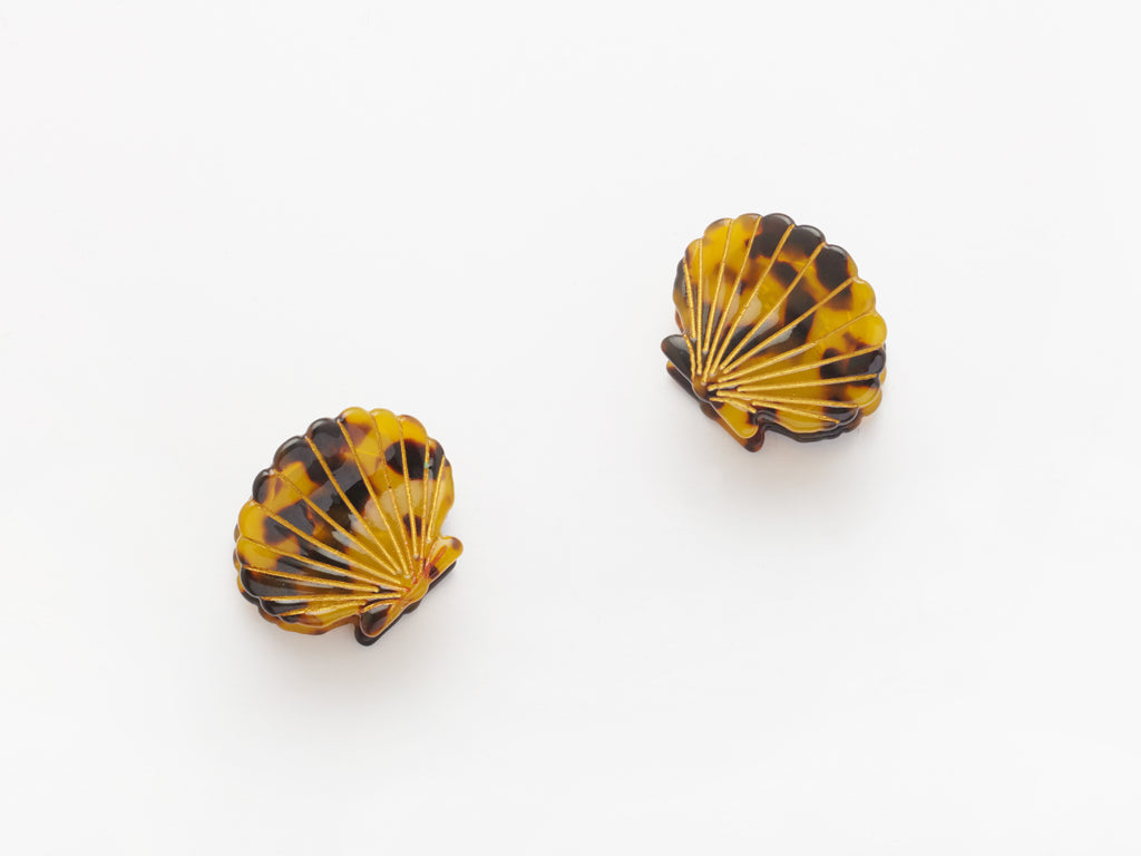 Ursula Shell Clips in Tortoiseshell