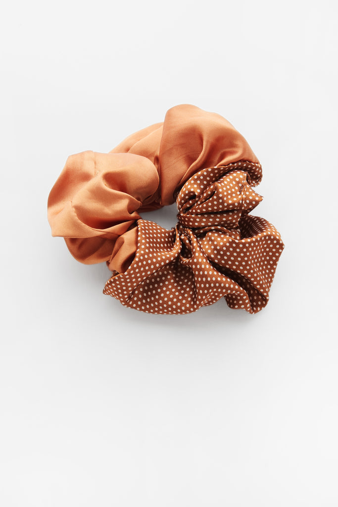 Cindy Semi Dot Scrunchie Orange