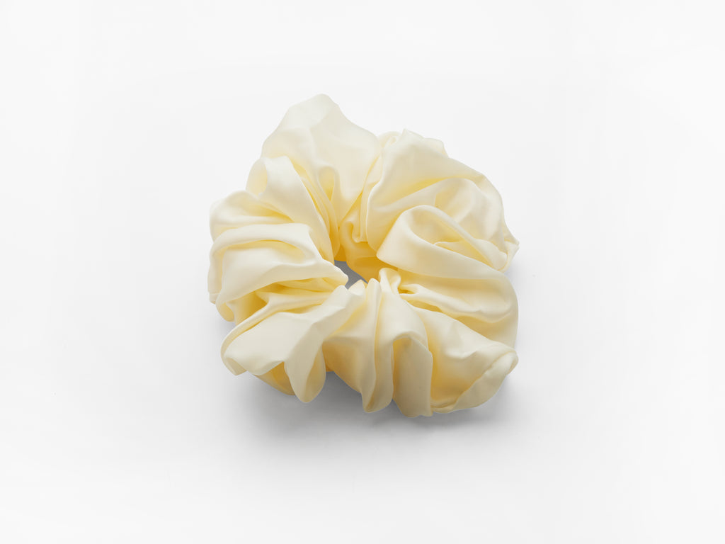 Cyndi Scrunchie Cream