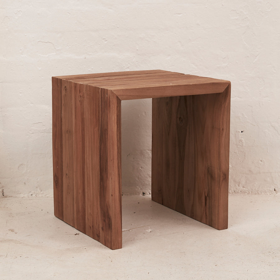 Nairi Bedside Table