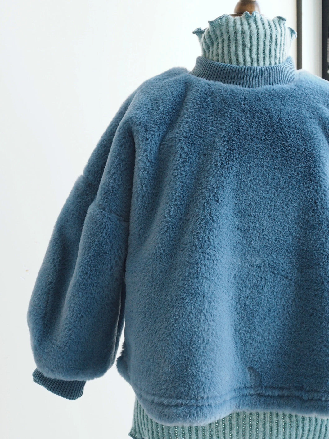 ROYAL BLUE FLUFFY JUMPER