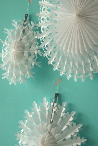 Snowflakes White (set of 3)