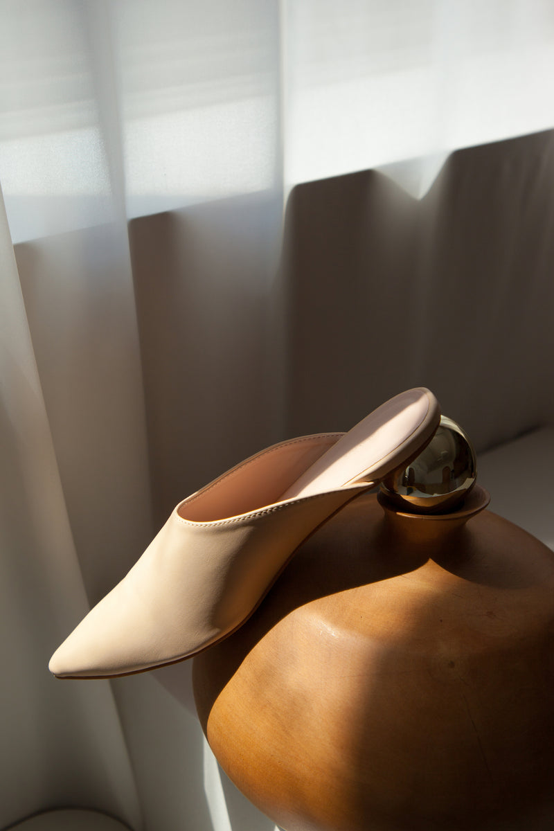 Rounded Brass Block Mules In Cream
