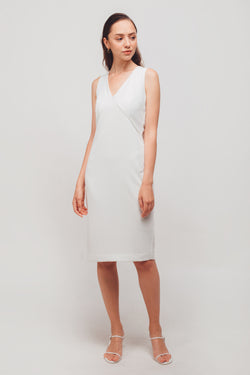 Inverted V Stitchline Sleeveless Midi Dress In White