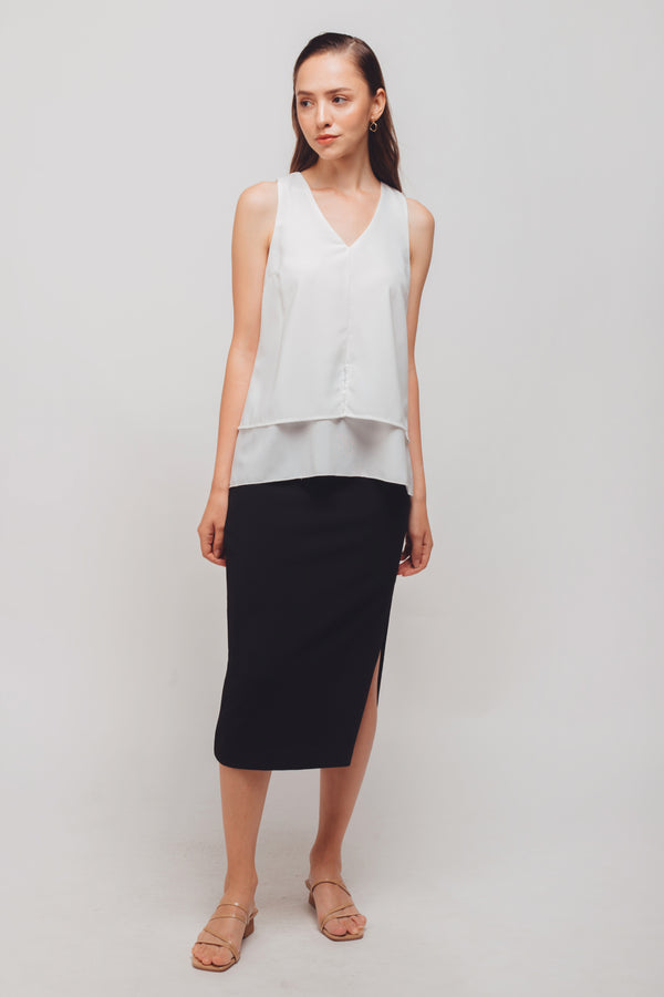 V-Neck Sleeveless Layered Blouse In White