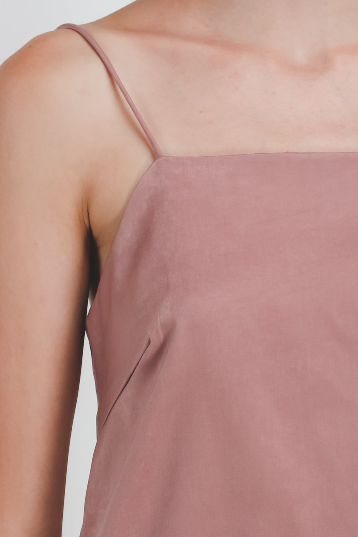 Straight Neckline Cami In Dusty Pink