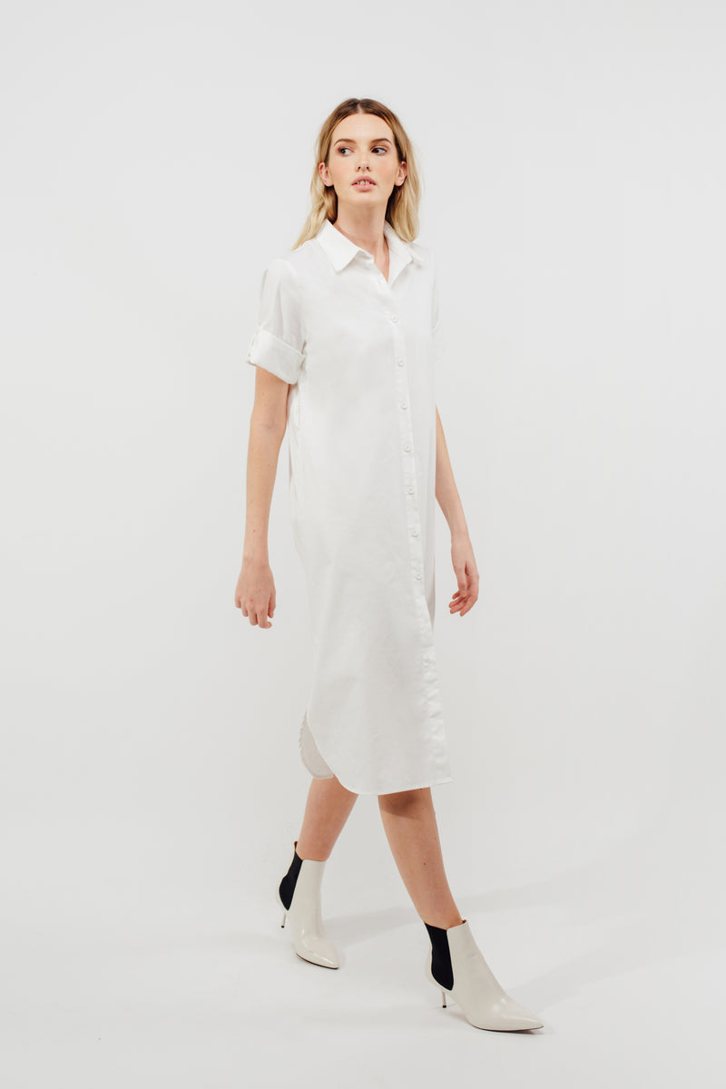 Oversized Buttoned Down Midi Dress With Sash In White