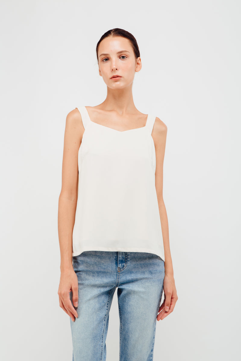Swing Strap V-neck Camisole In Pearl