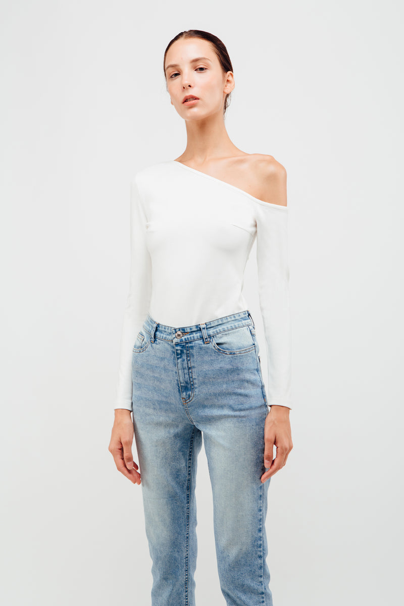 Asymmetrical Cut Out Top In White