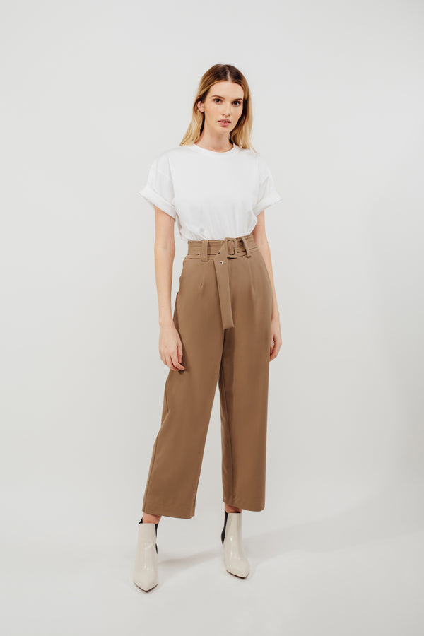 Belted Straight Legged Trousers In Camel