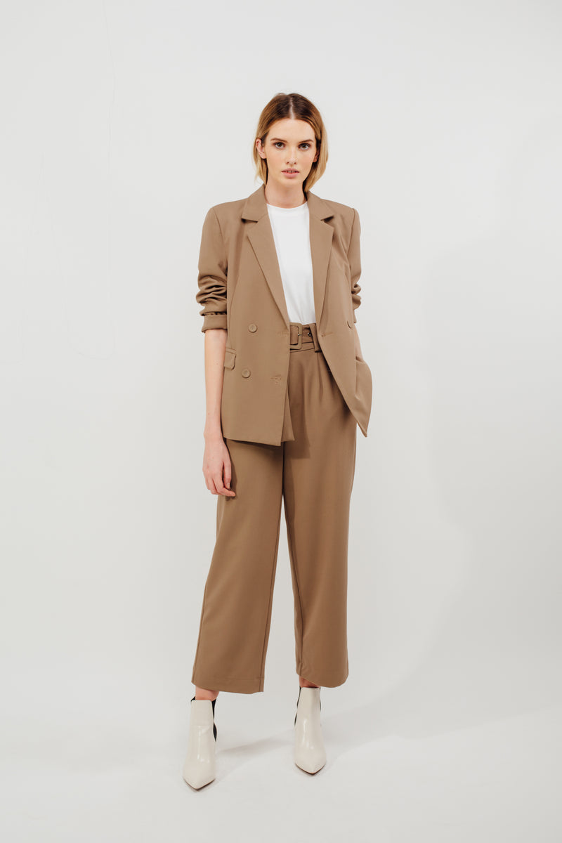 Classic Relaxed Fit Blazer in Camel