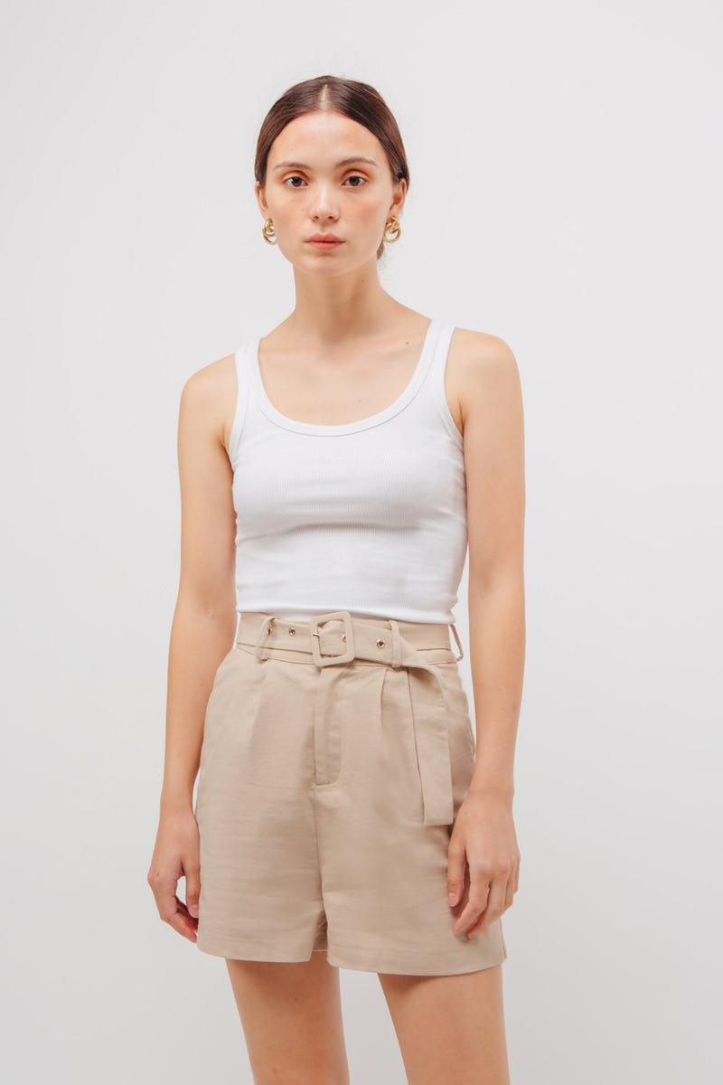 Linen Belted Shorts In Natural Beige