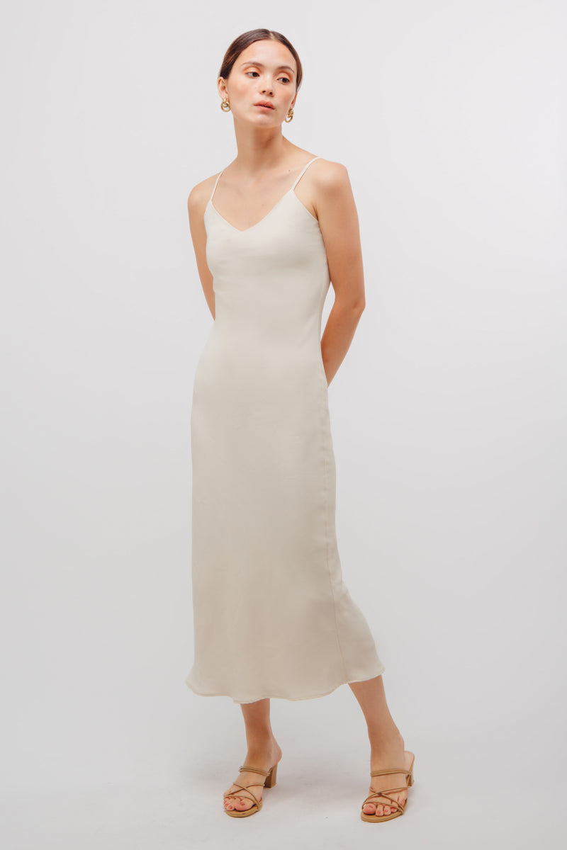 Classic Mermaid Hem Slip Dress In Pearl