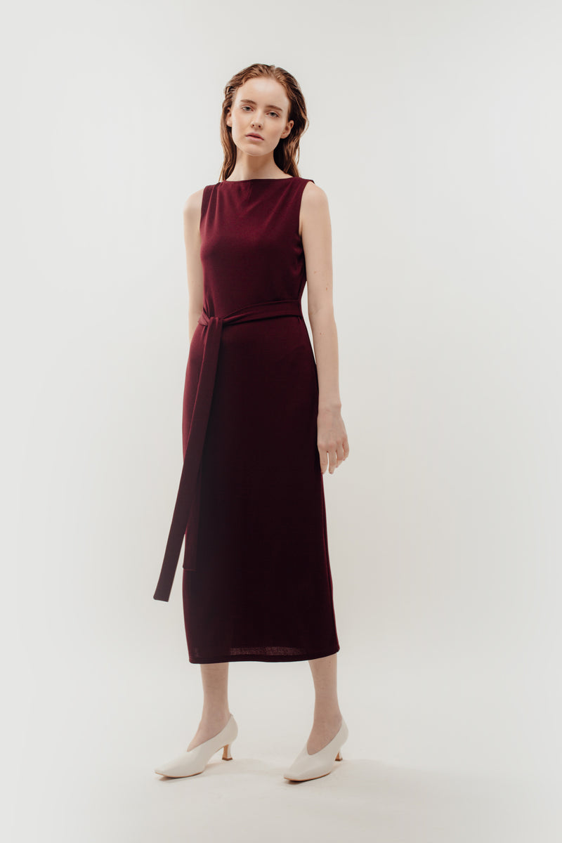 Classic Ribbed Knit Dress With Sash In Red