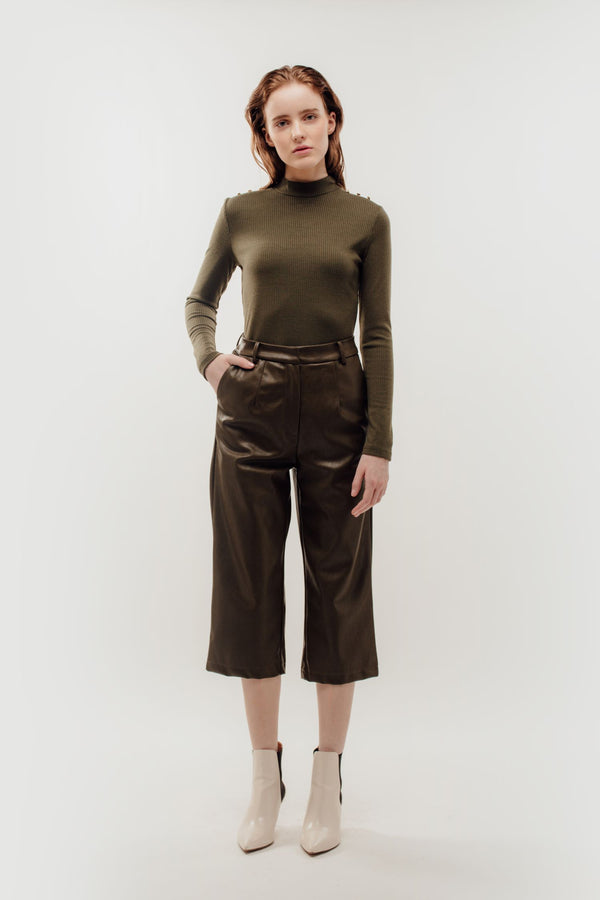 Faux Leather Cropped Trousers in Olive