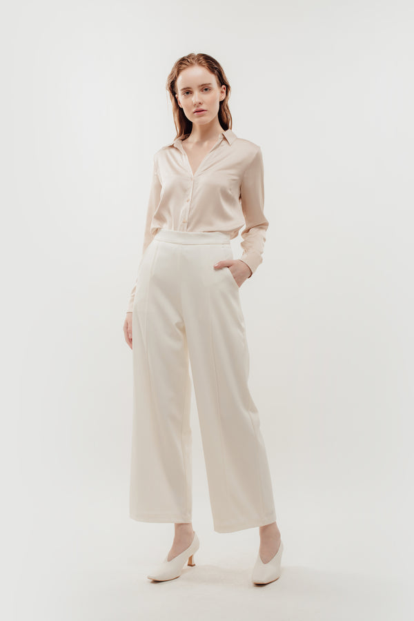 High Waisted Wide Legged Trousers w Foldlines In White