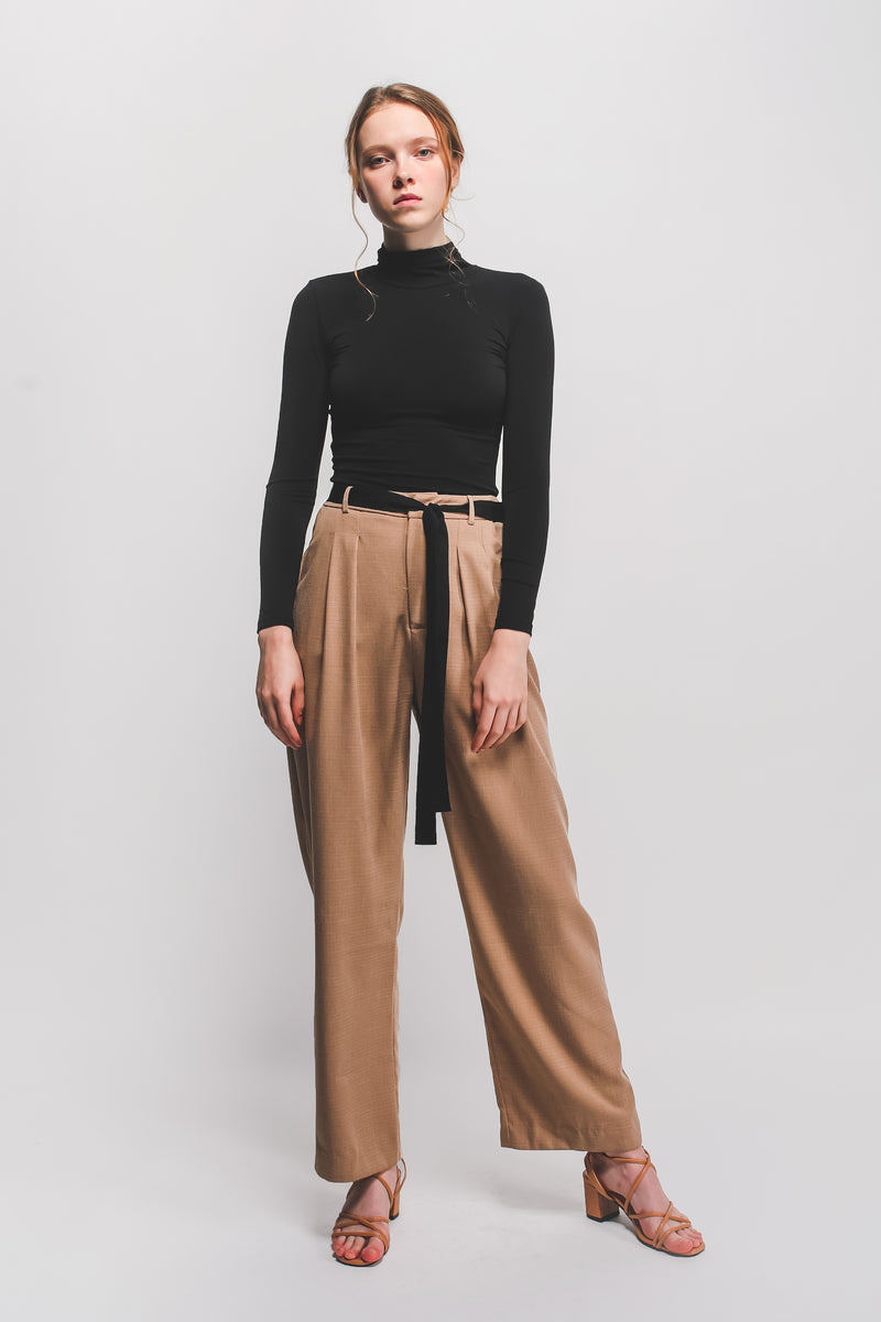 Textured Wide Legged Pants W Contrasting Sash In Camel