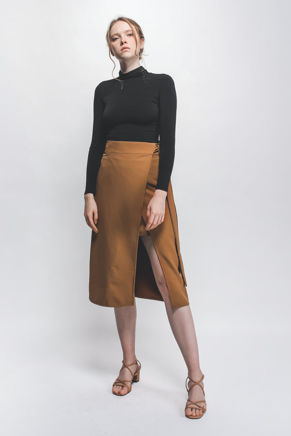 Classic Knotted Wrap Skirt In Camel