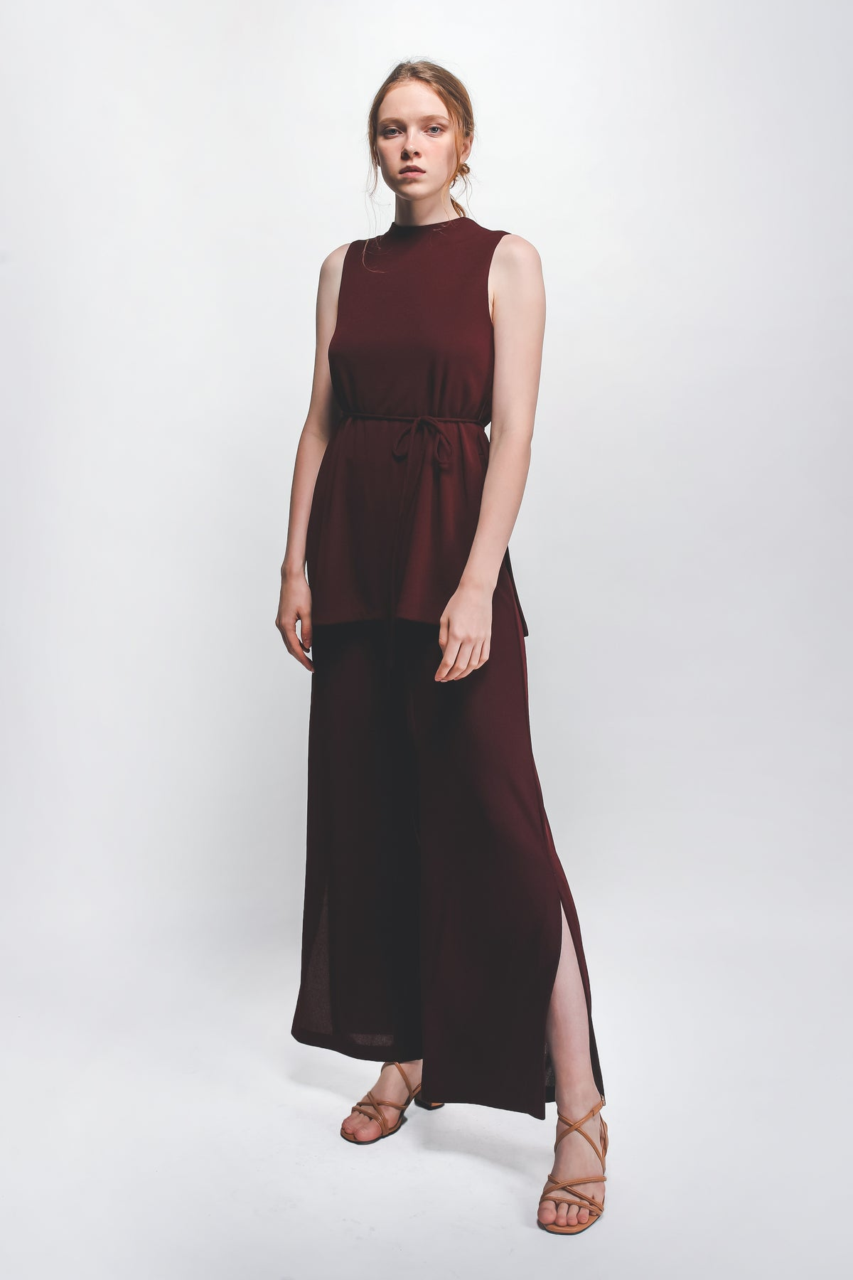 Knitted Front Slit Wide Legged Pants In Maroon