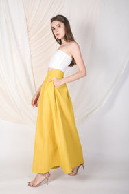 Structured Maxi Skirt With Pleats In Yellow