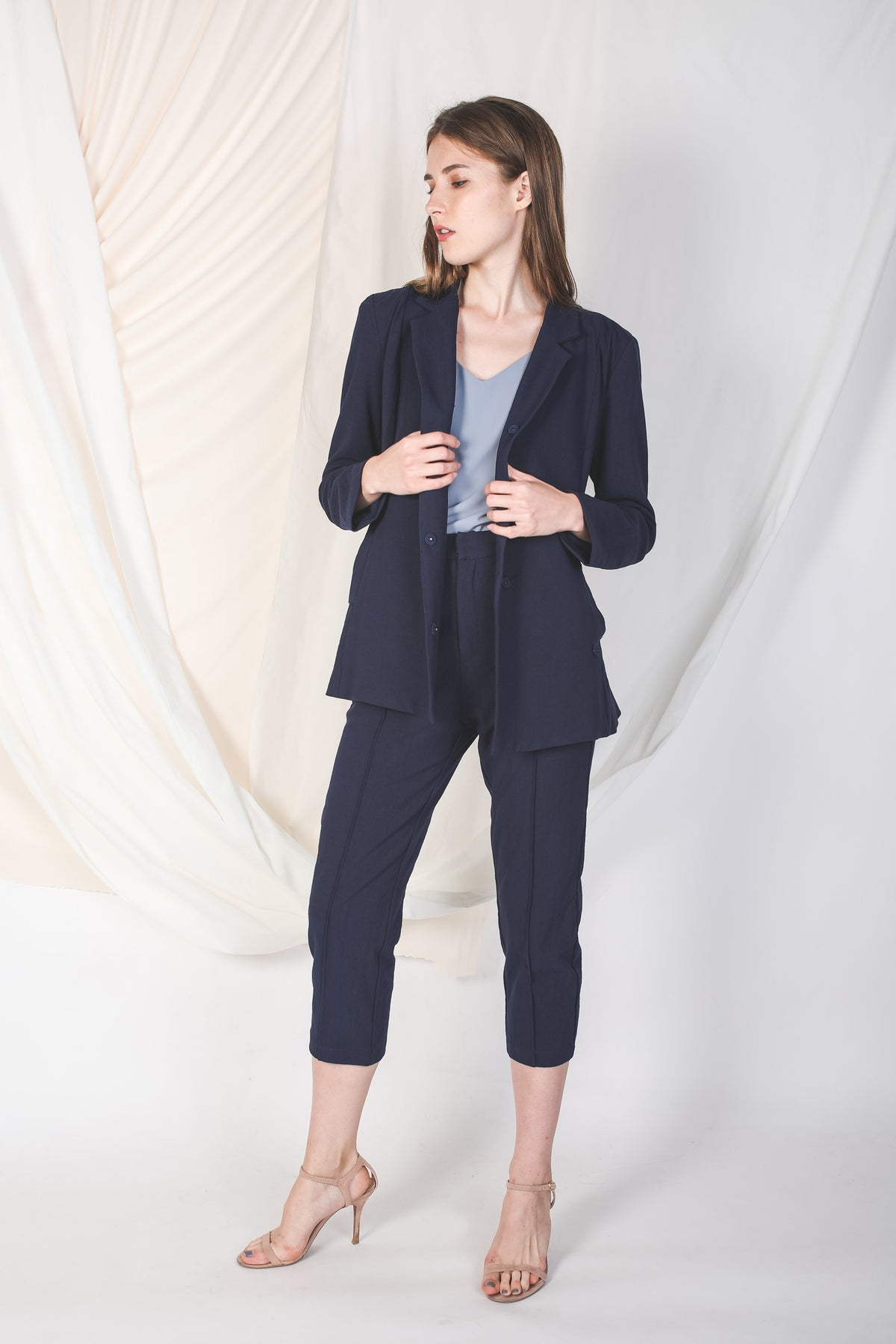 Linen Blazer in Navy