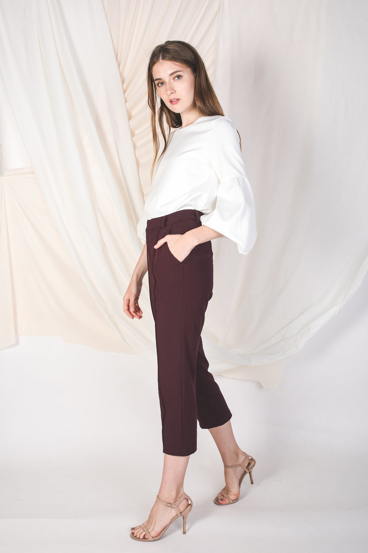 Tailored Pants in Maroon