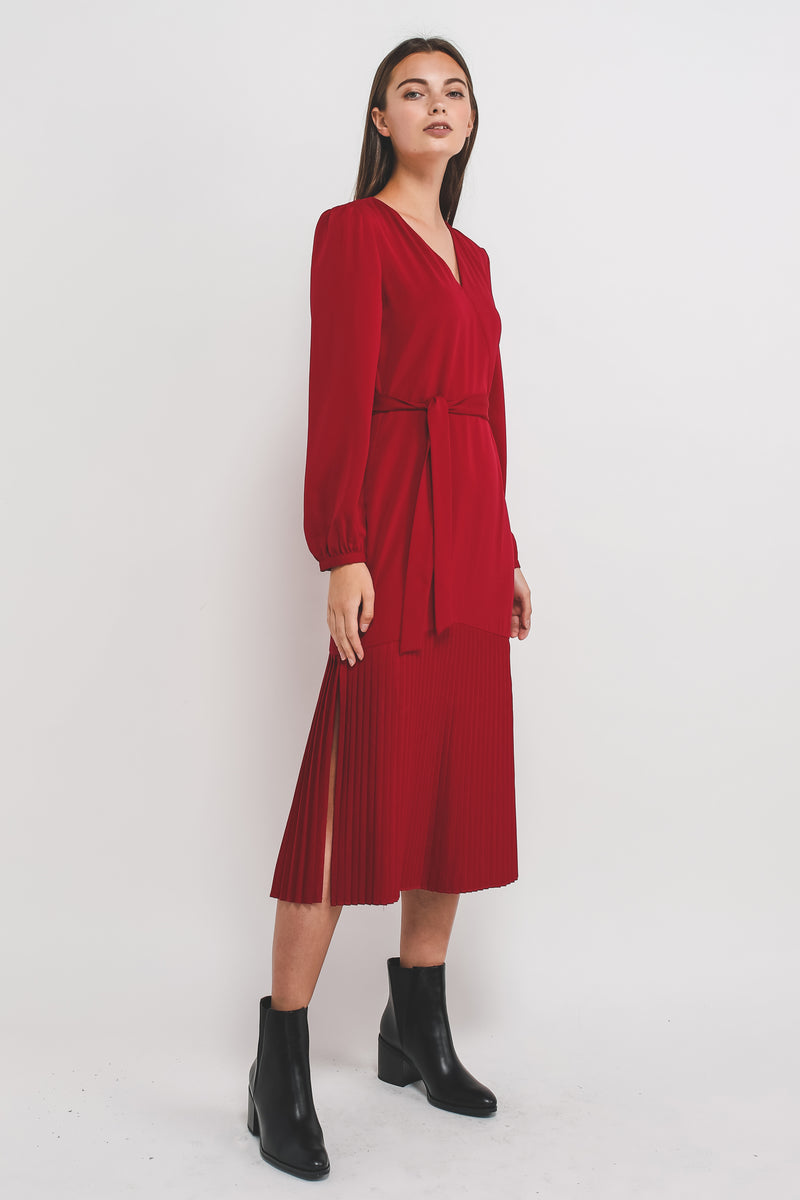 Sleeved V Neck Midi Dress With Pleated Hem In Red
