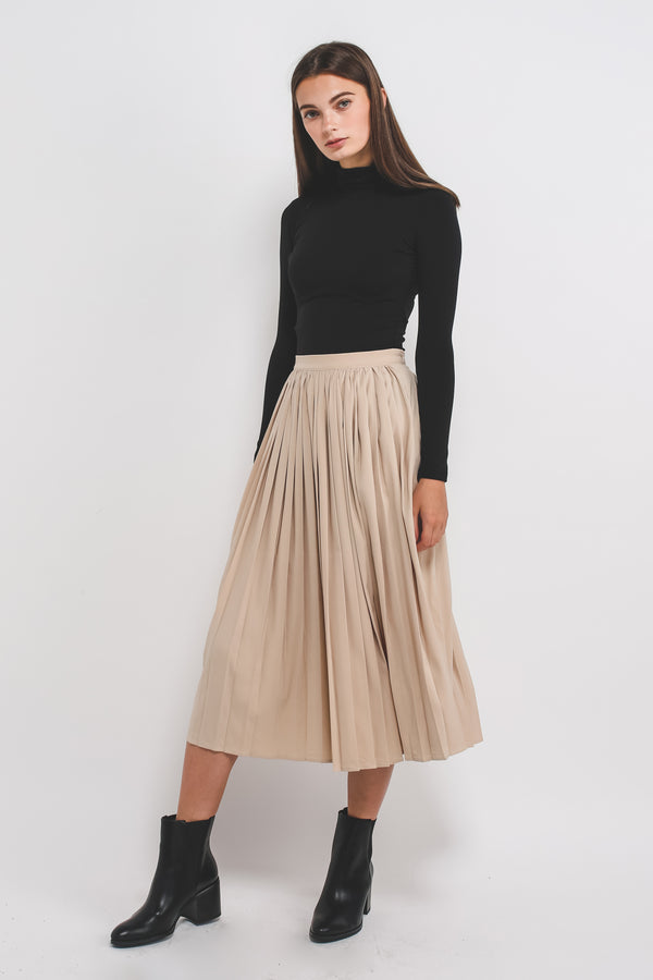 Classic Pleated Midi Skirt In Cream