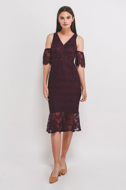 V-Neck Lace Mermaid Hem Dress W Detachable Sleeves In Plum