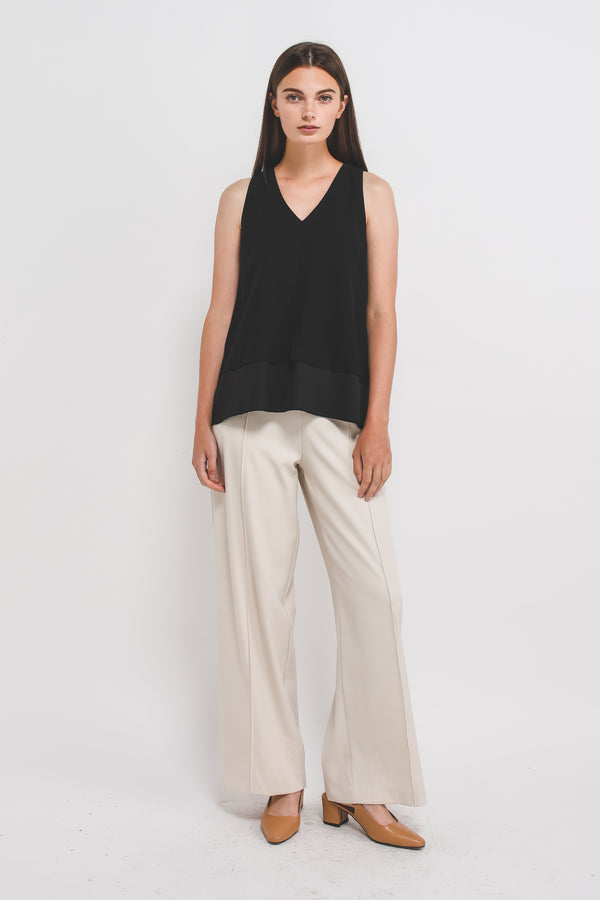V-Neck Sleeveless Layered Blouse In Black