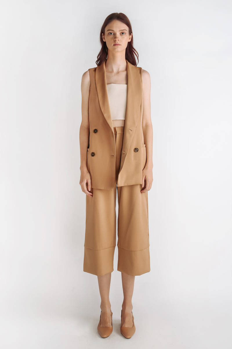 Vest Outerwear In Camel
