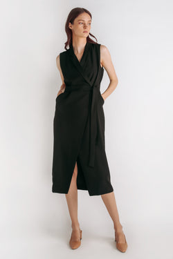 Classic Sleeveless Wrap Dress W Sash In Black