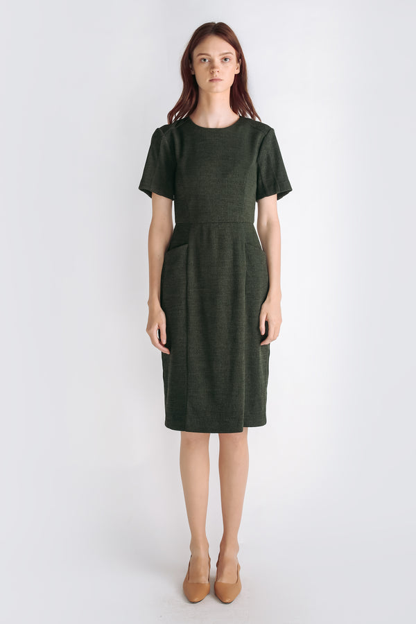 Textured Knit Short Sleeved Dress In Forest Green