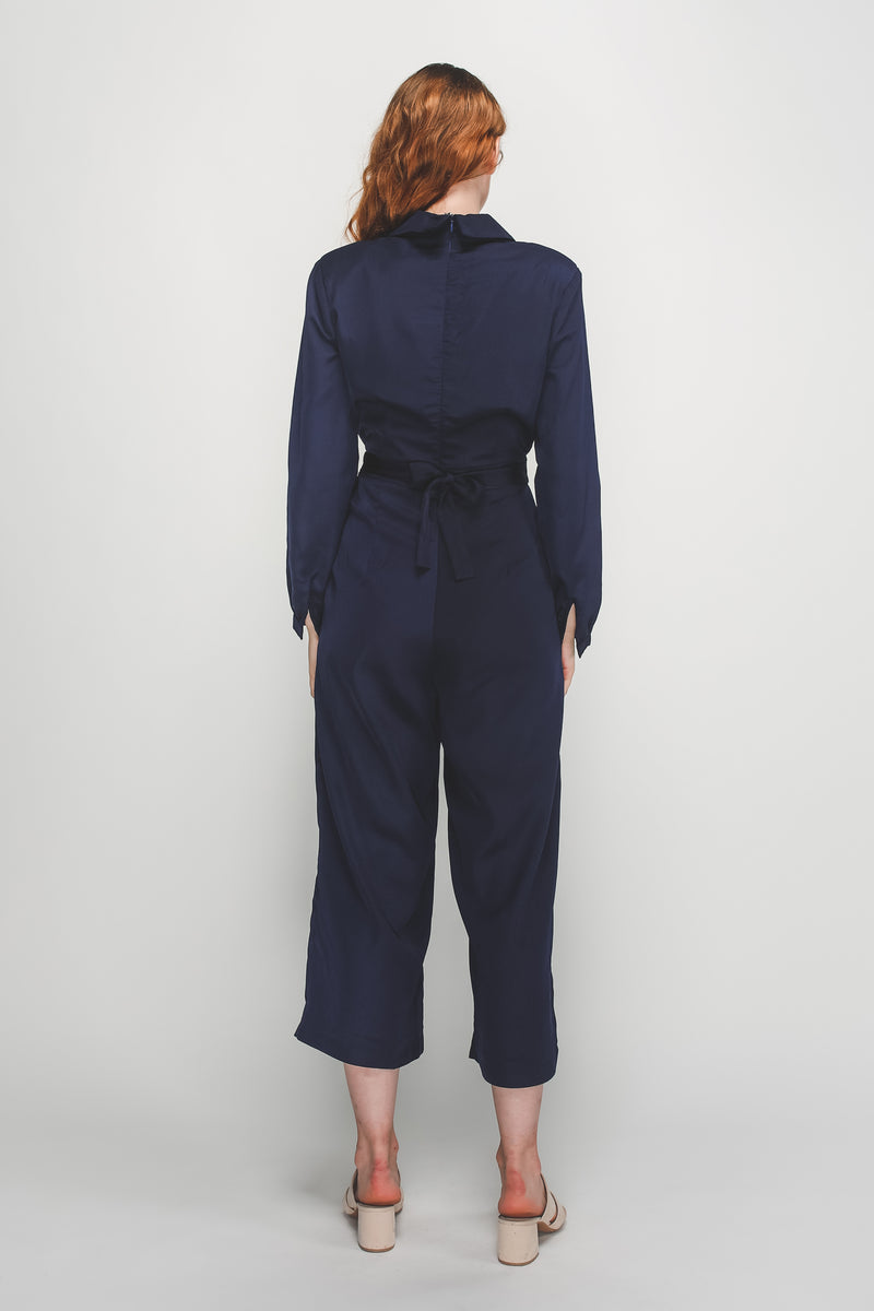 V-Neck Lapel Belted Wide Legged Jumpsuit In Navy Blue