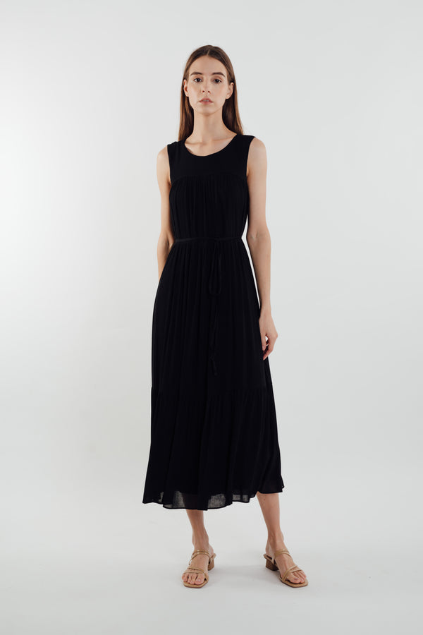Tiered Textured Maxi Dress in Black