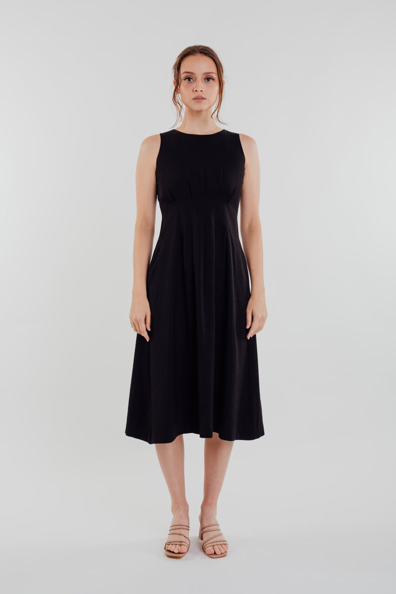 Box Pleated Midi Dress in Black
