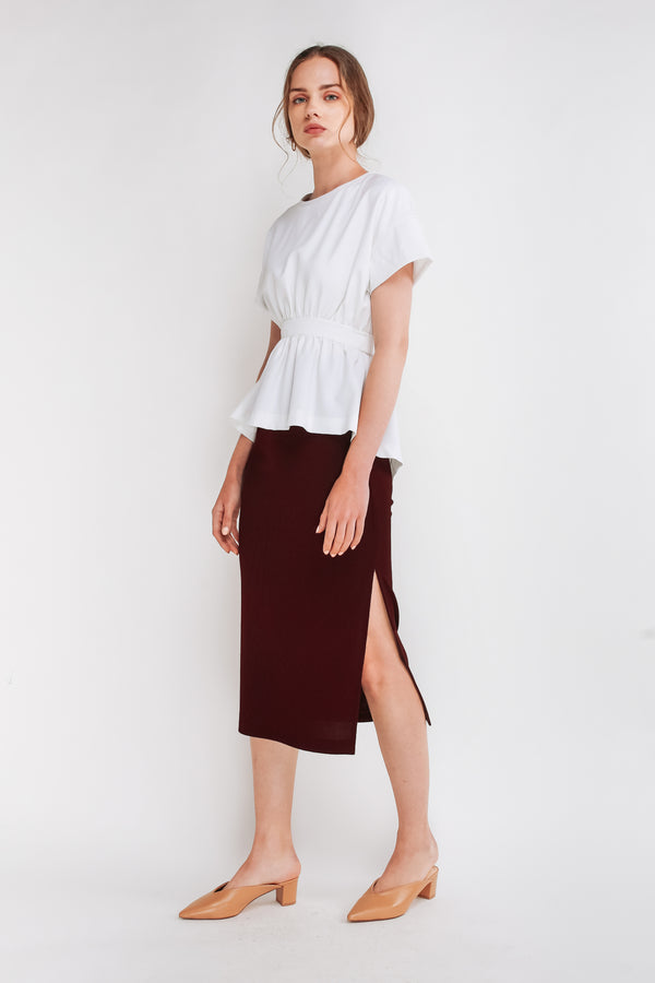 Ribbed Knit Straight Skirt In Maroon