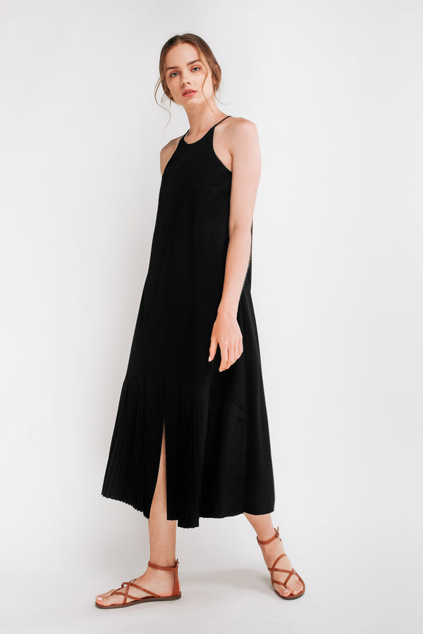 Pleated Maxi Dress In Black