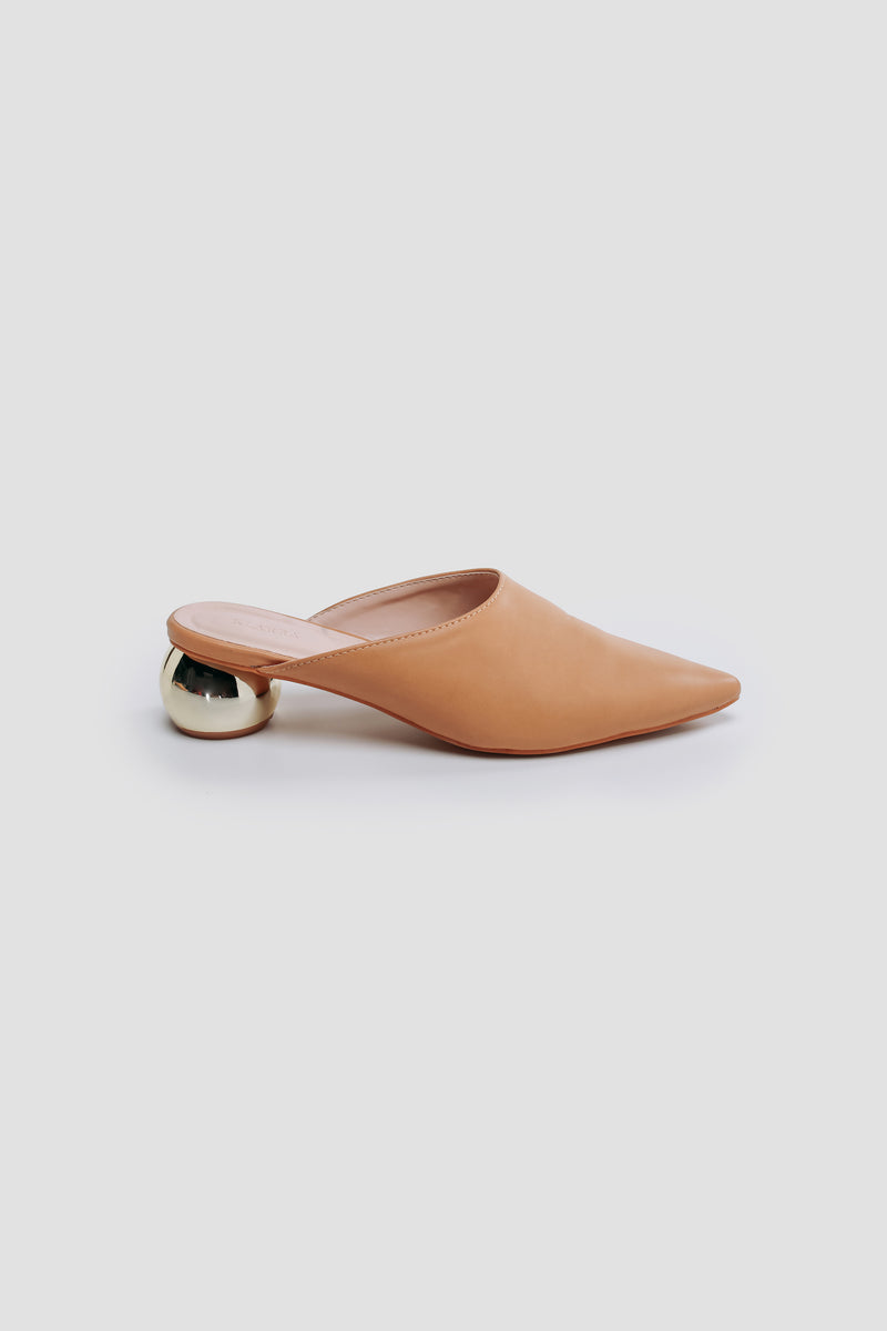 Rounded Brass Block Mules In Nude