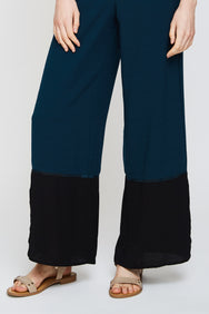 Panel Colourblock Trousers In Pine Green