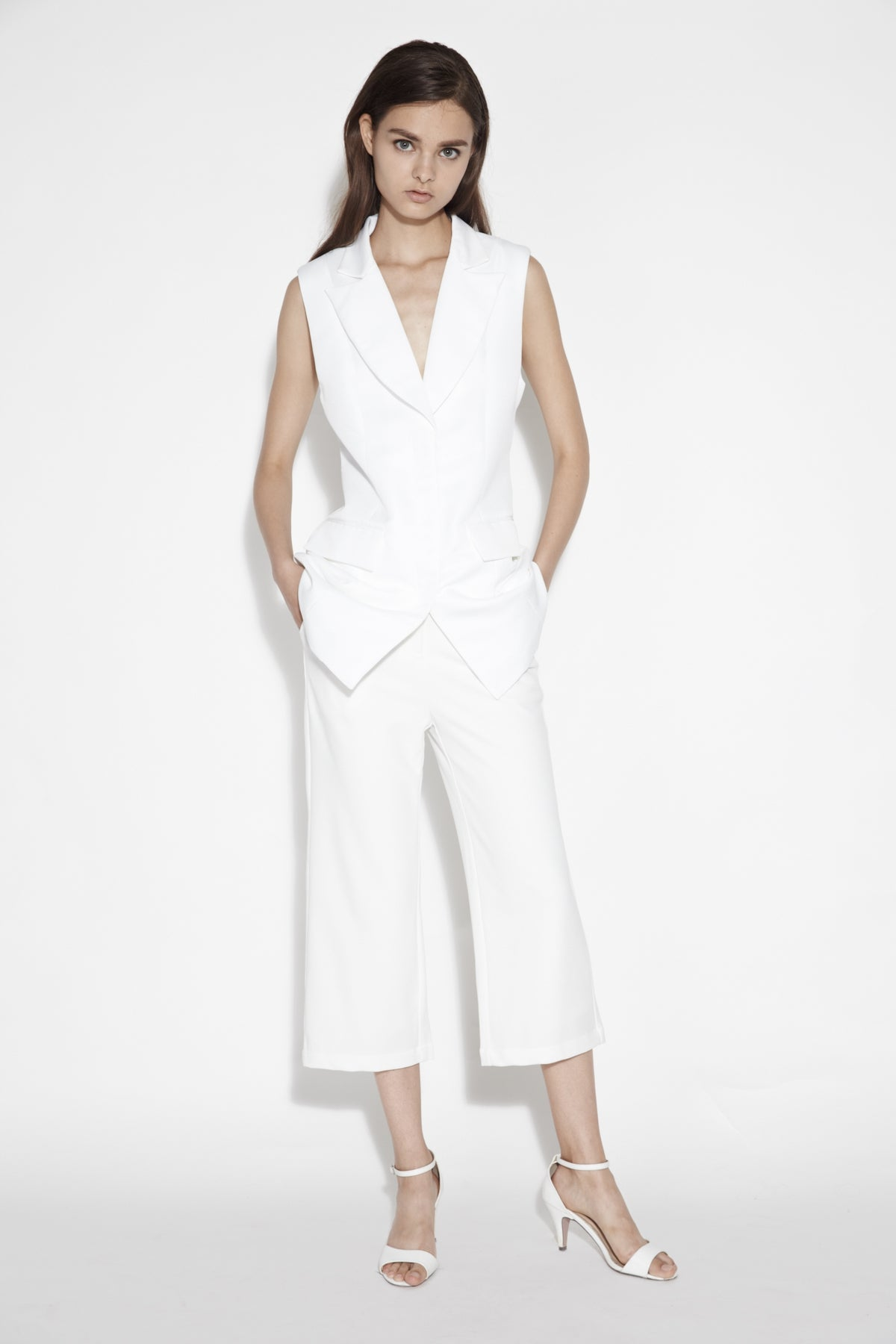 Structured Lapel Vest In White