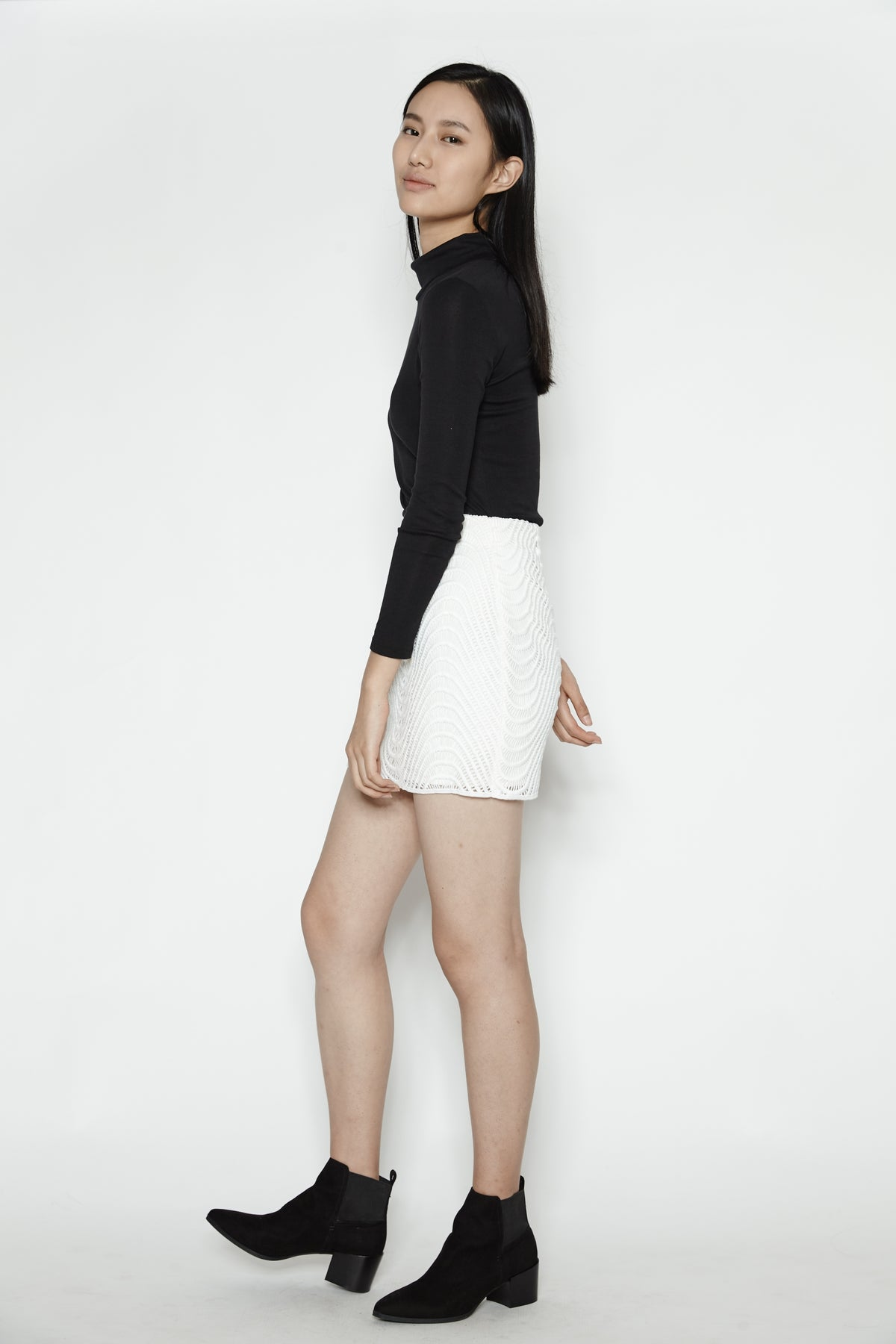 Wave Skirt In White