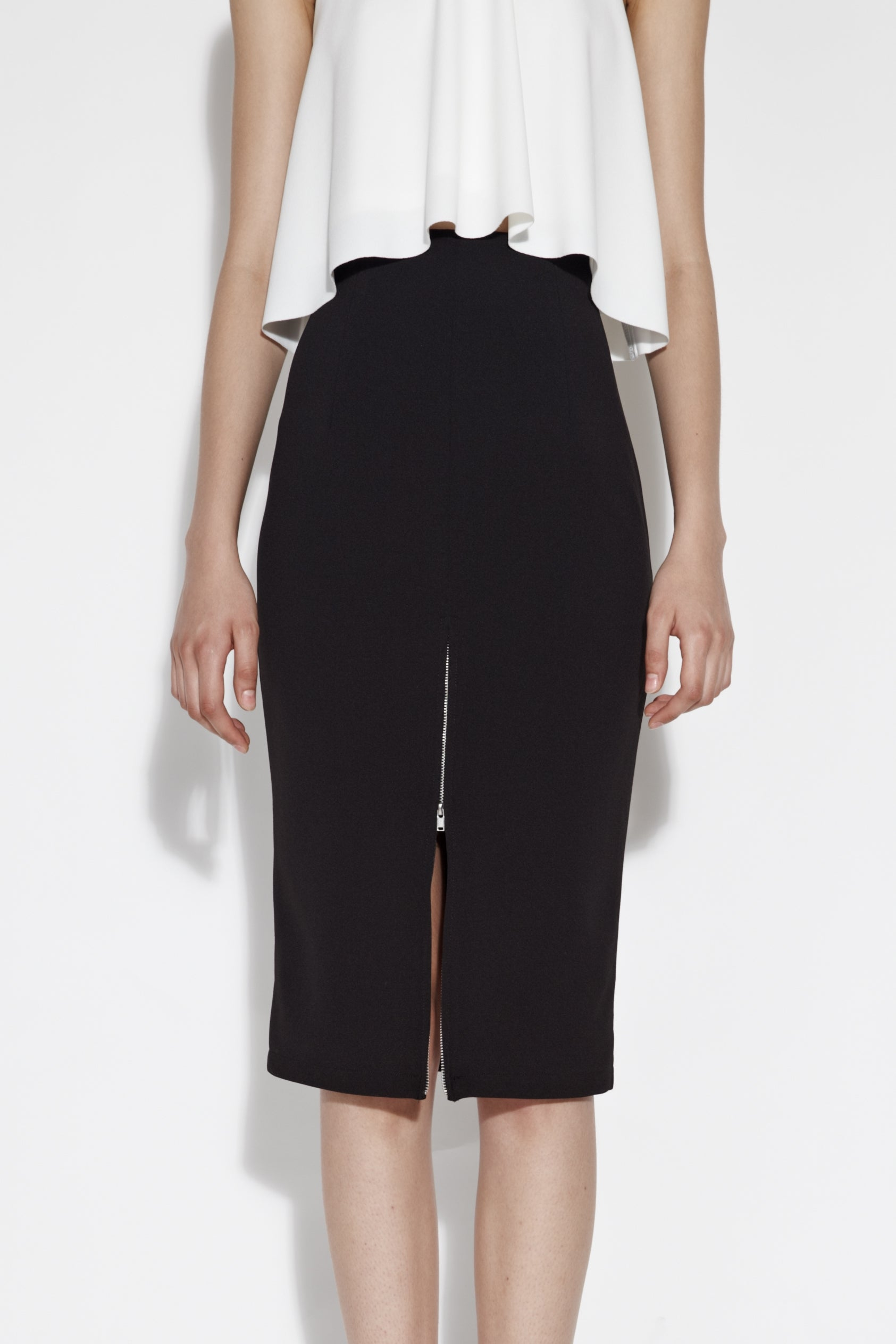 Zip Front Midi Skirt In Black