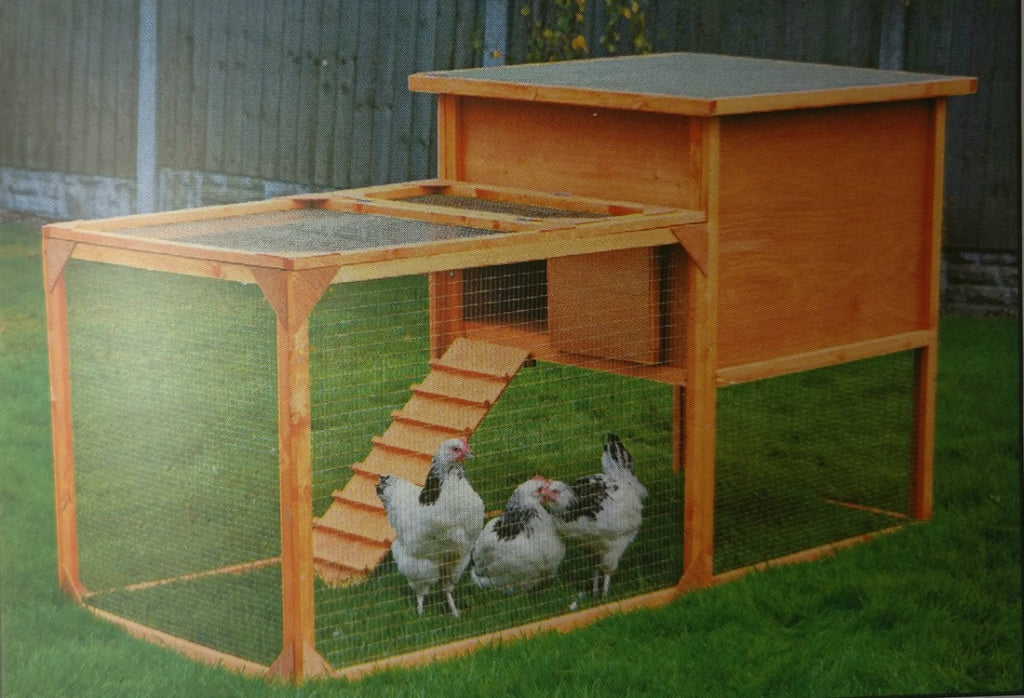 Helmes The Penthouse - Suitable for Rabbits, Guinea Pigs, Hens