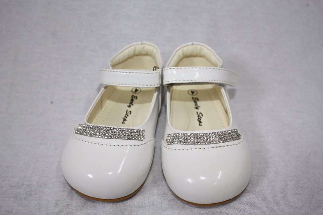 Baby girls patent white shoes with diamond strip Infant 1/2/3/4/5/6/7/8/9/10 £22