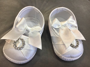 Baby Girls White Christening Shoes diamante circle bow tie design 0-3 / 3-6 / 6-12 months £7.50